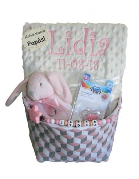 Winter pink basket