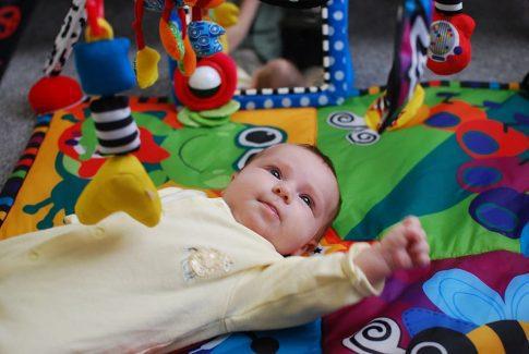 Productos imprescindibles para bebés que debes comprar