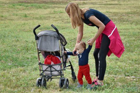 Disfrutar del buen tiempo con bebés